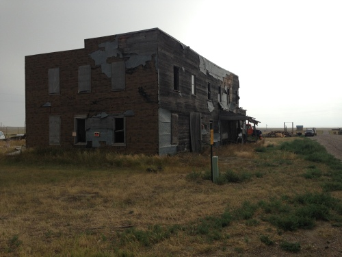 A deserted business in Ingomar.